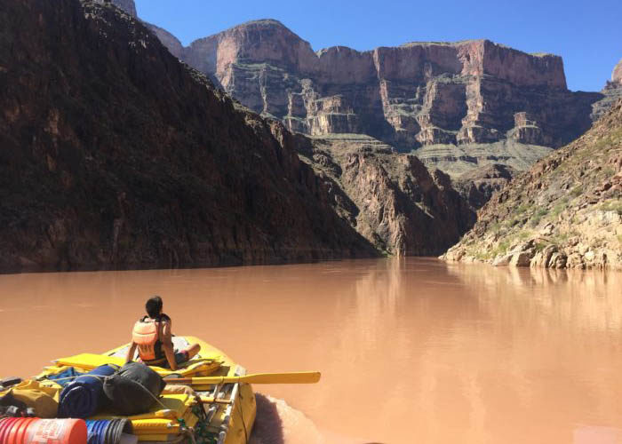 SOS Outreach youth rafting near the grand canyon
