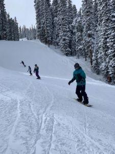Mentor group snowboarding